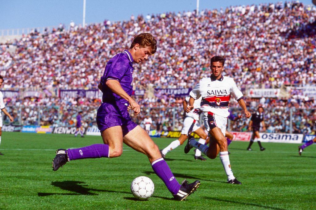 Brian Laudrup i kamp for  Fiorentina  mod Genoa (1-1)  Firenze den 6. september 1992